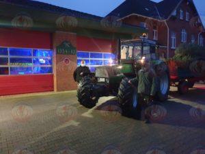 Traktor-Anhänger-Gespann